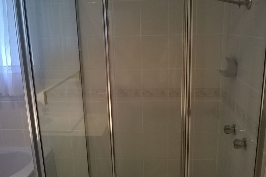 Large showers and corner spa