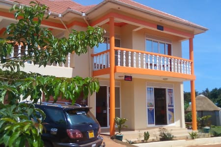 Paam Hotel & Travel Agency - Entebbe