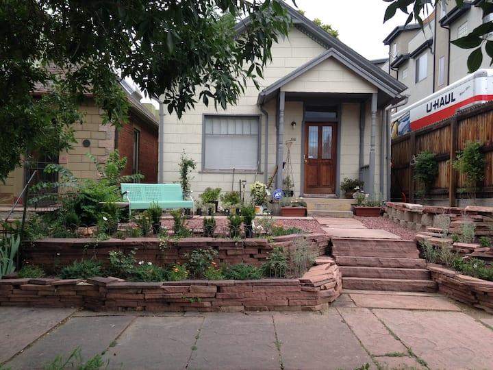 LoHi Denver Cozy Cottage 2BD
