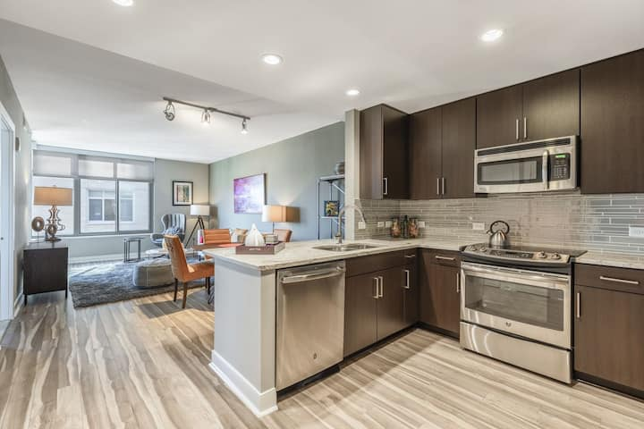 A place of your own | 1BR in Bethesda
