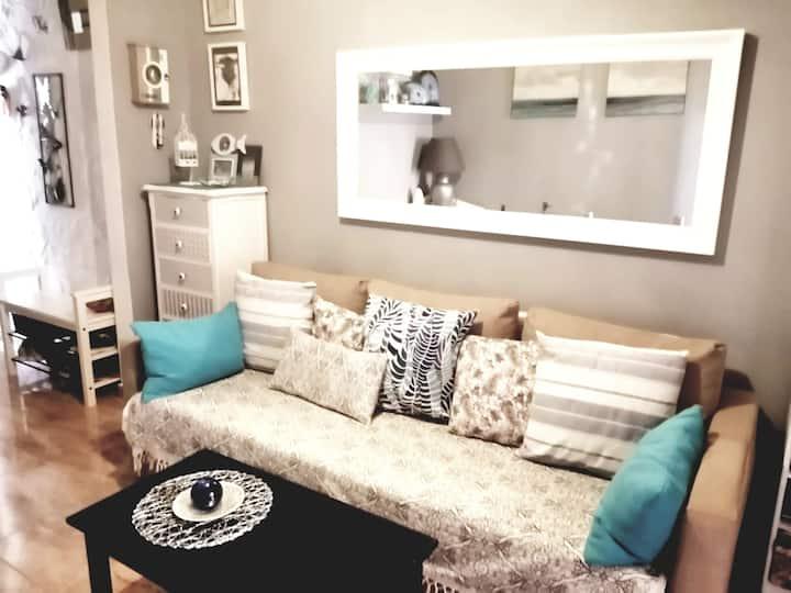 Apartamento confortable a 4 minutos de la playa.