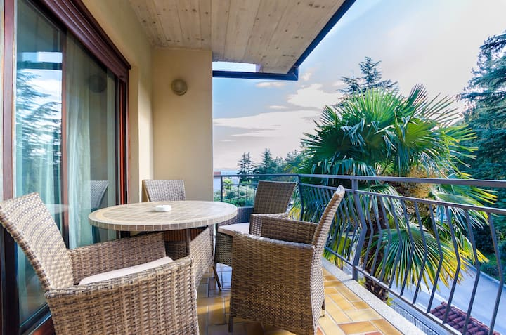 One bedroom Apartment, 100m from city center, in Moscenicka Draga (Opatija), Terrace