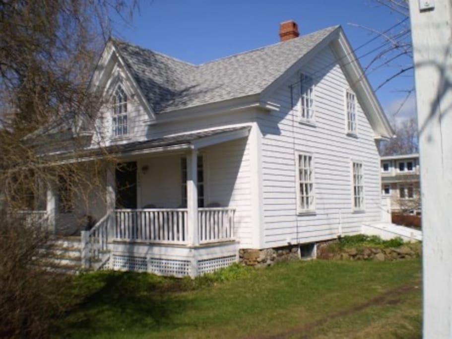 Gothic Revival 1850's Shipbuilder's Cottage