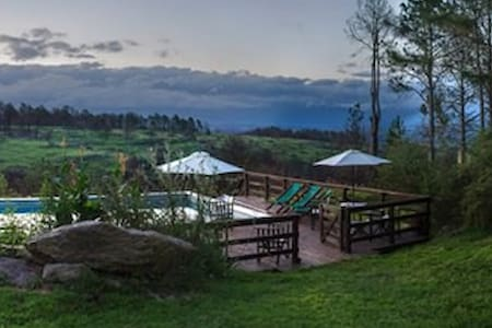 Terrazas al bosque de Calamuchita - Villa General Belgrano - Hus