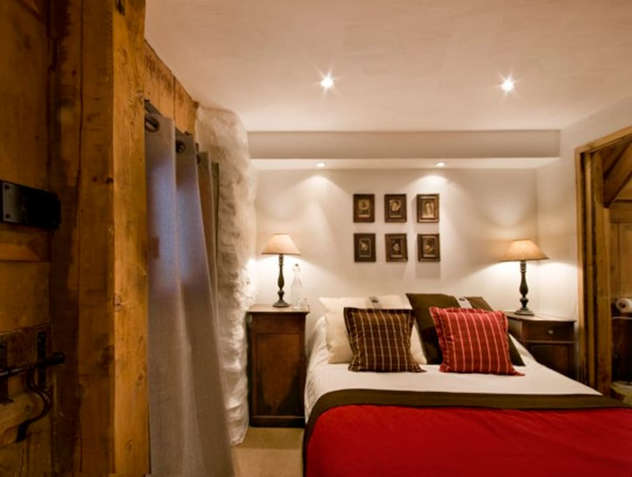 Room Two double en suite