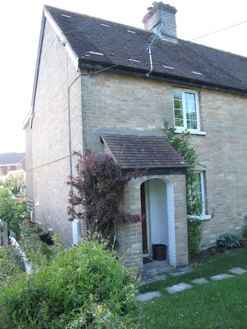 2 Bed Cottage, Wareham, Purbeck Countryside - Wareham - Casa