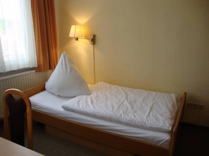 Apart Hotel Sarstedter Hof Einzelzimmer