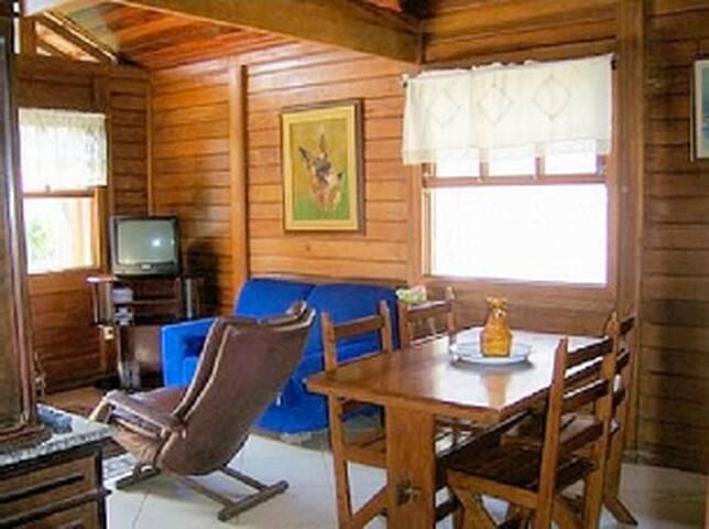 Casa deliciosa em Itapuaçu - Maricá - Rumah