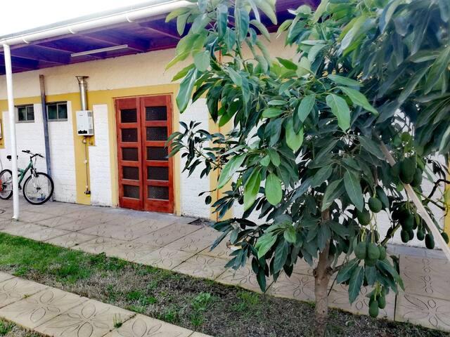 Habitación Privada/Baño Privado/ Estacionamiento
