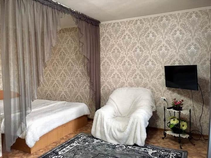 Люкс на Пл. Республики/1 bedroom on Republic sq