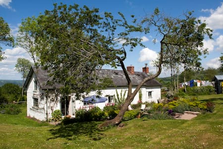 Traditional Welsh Long Cottage - Hay-on-Wye - Casa