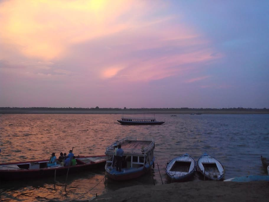 Evening time my neighbor (Holy River)