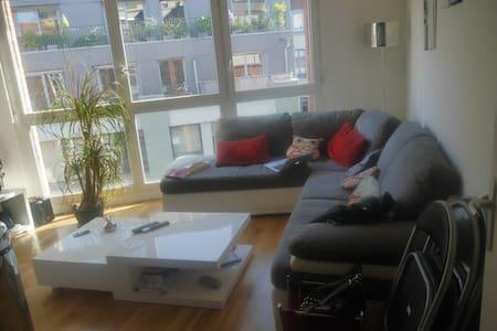 appartement T2 proche de la citadelle - Wohnung