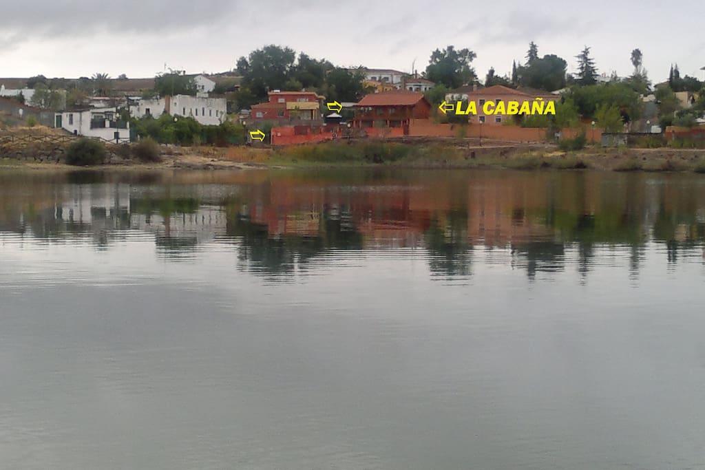 La Cabaña vista desde el Lago