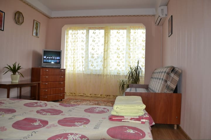 cheaply and conveniently original   - Kiev - Apartment