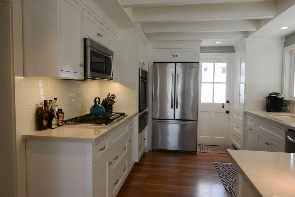 All new stainless steel appliances and warming drawer. Fully stocked kitchen.