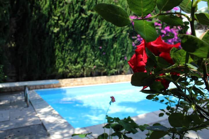 Puglia Bari cosy bright room with swimming pool