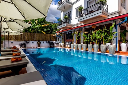 Private Superior Double Balcony - Krong Siem Reap - Vila