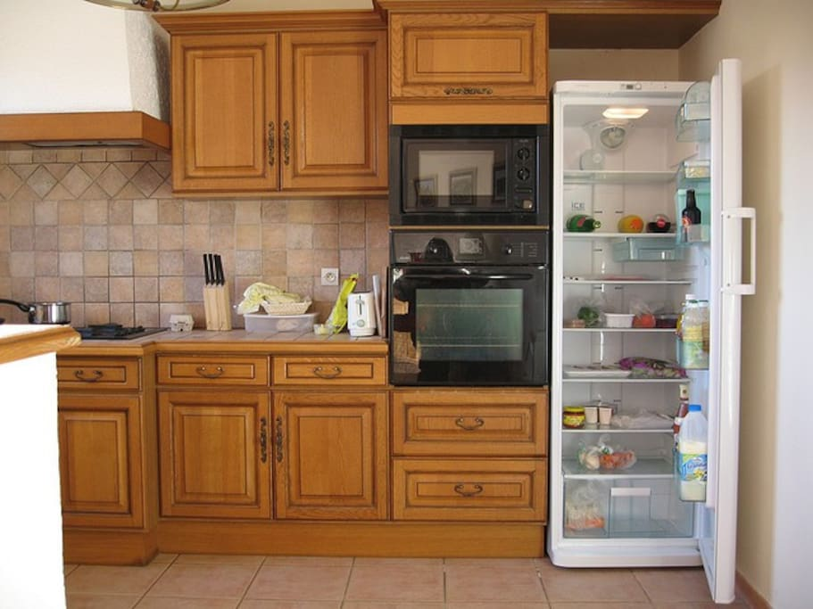Fridge and oven