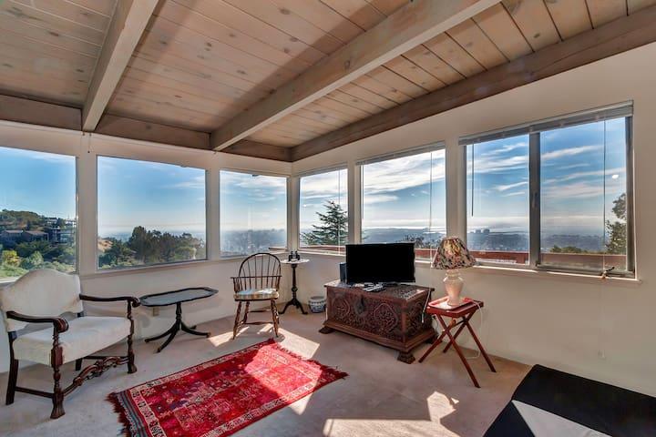 Panoramic Retreat Near Campus - Berkeley - Flat