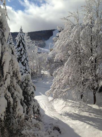 Ski On/Off at Sugarbush