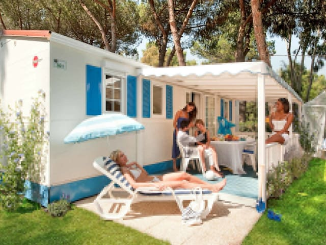 Mobile home Camping Baia Domizia for 6 persons