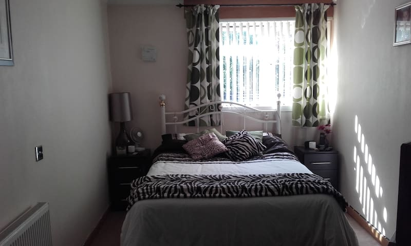 Comfy double bed for occasional use only - Basildon