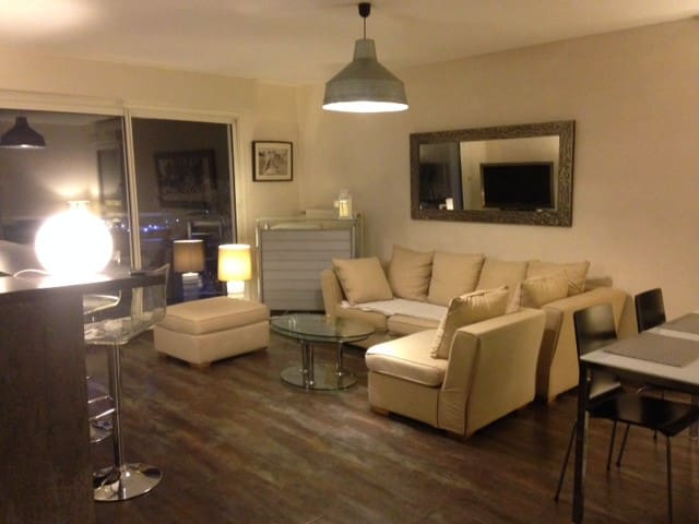 70m² 2 rooms with Terrace