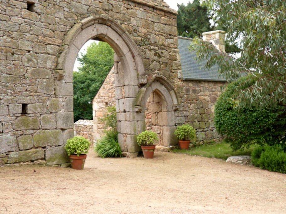 Le porche d'entrée, XVème siècle.