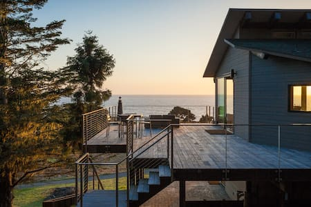 MendocinoLighthouse-seaside retreat - Mendocino - House