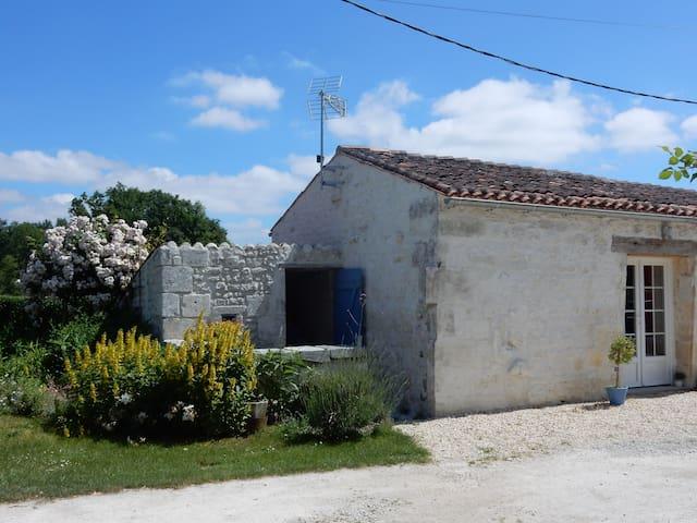 Chambre d'hôtes dans une ancienne bergerie