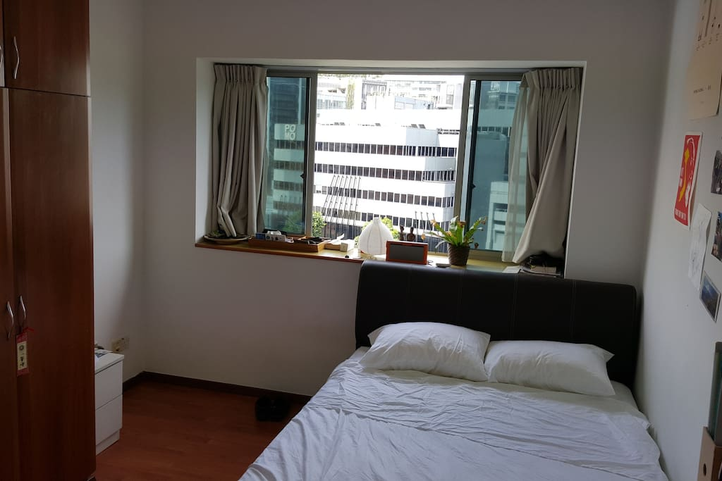 Bright room with double bed