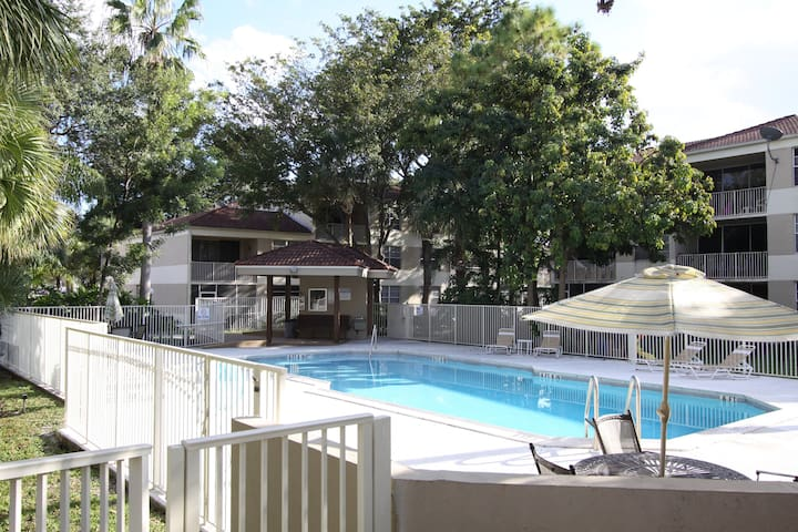 2 Bedroom apartment in Coral Springs