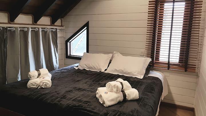 Excelente quarto em linda casa em Santa Felicidade