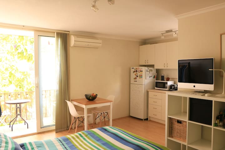 Lovely, friendly and peaceful studio for rent