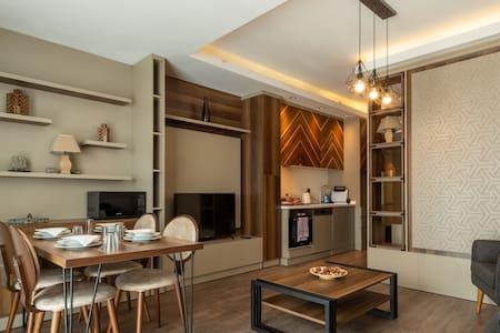 Luxury Suites Near Başakşehir