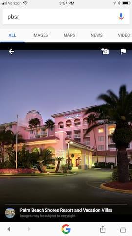 Beautiful Upscale Palm Beach Shores Resort