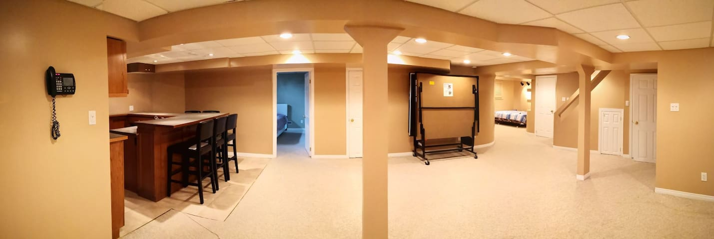 Luxury Brandnew furnished huge basement suit park