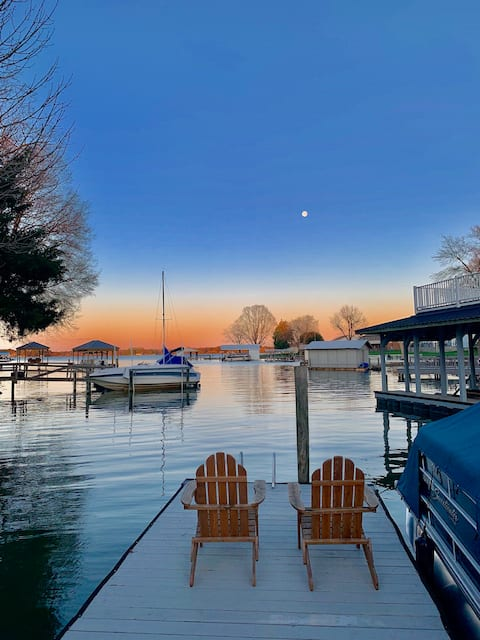 Lakefront Retreat with Private Dock & BOAT RENTAL!