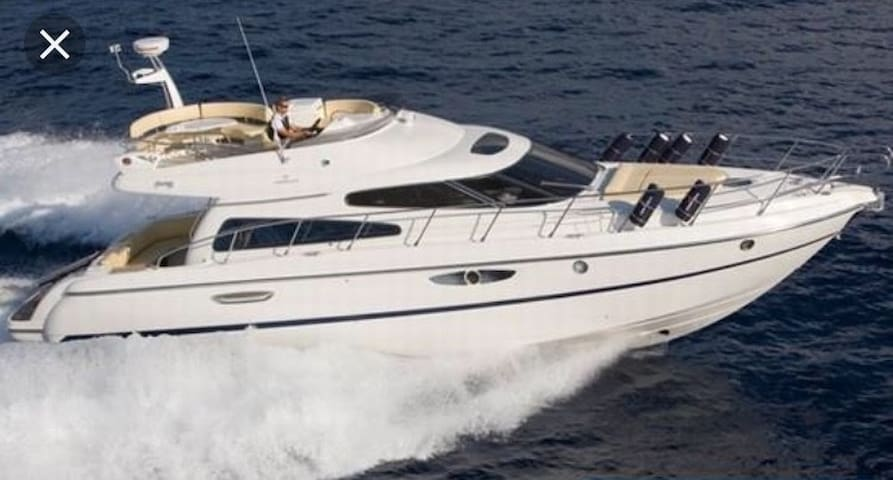 RENT LUXURY YACHT- ALQUILO YATE DE LUJO-