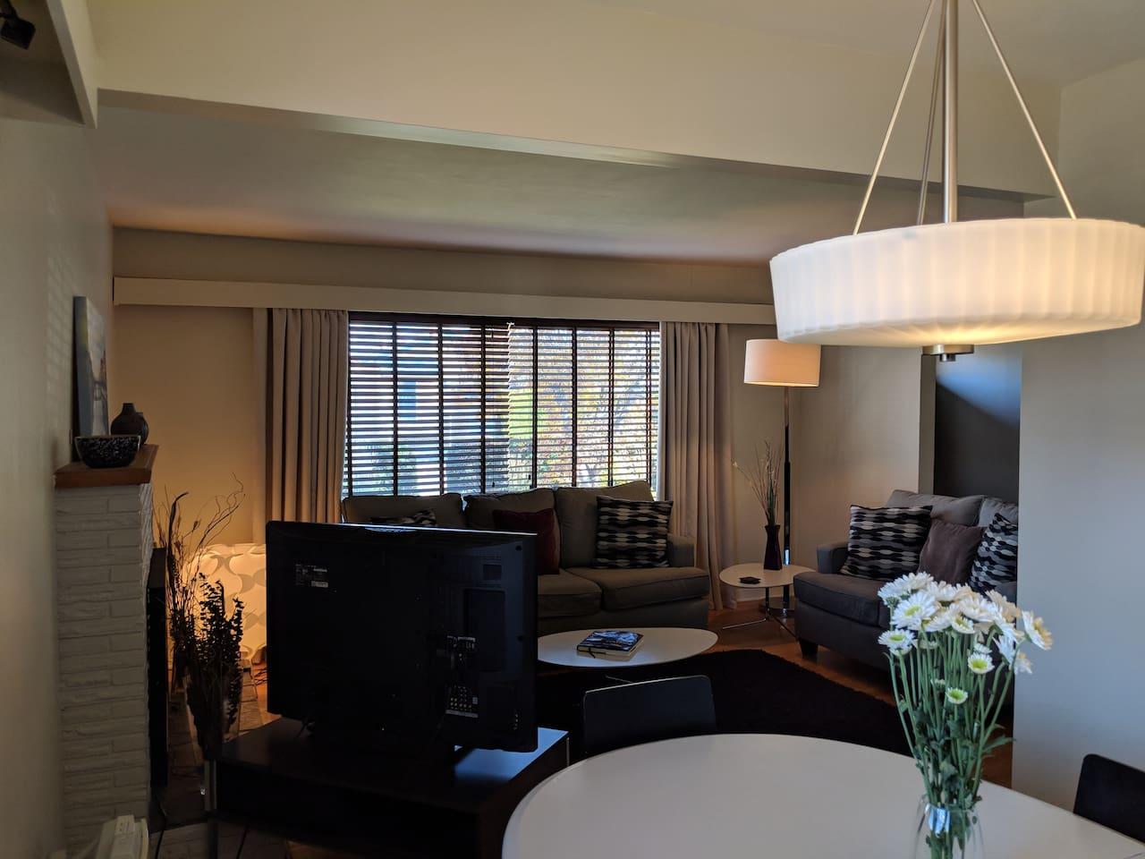 Living Room (Daytime).