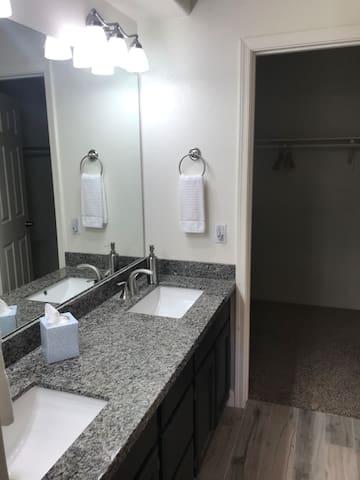 Master/ dual sink walk-in closet
