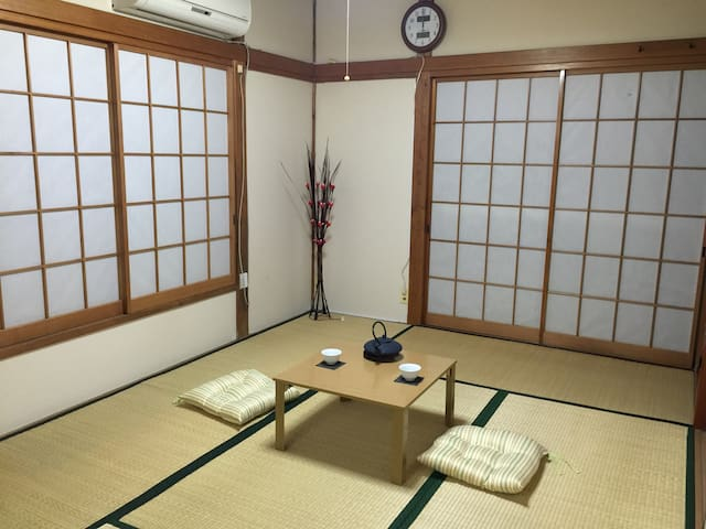 Let's stay in Japanese traditional style room - 葛飾区 - House