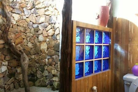 Boathouse homestay  LaemSing