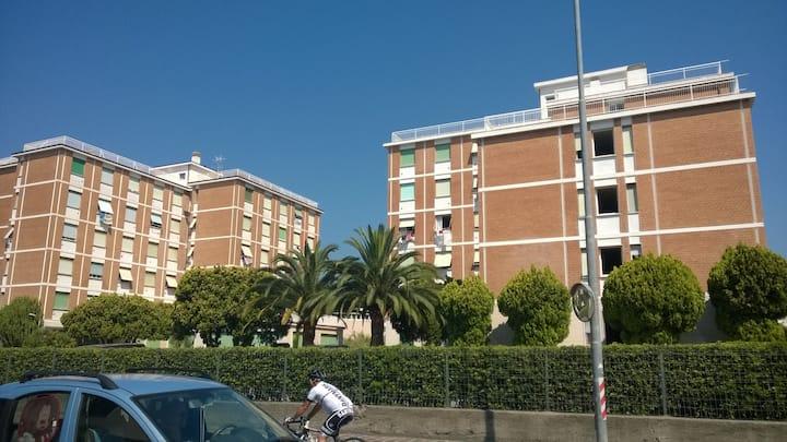 Bilocale 20mq a S.Bartolomeo al Mare ristrutturato