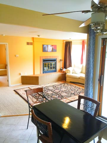 Charming 2bd Condo-Don't miss the Poconos Spring!! - Shawnee on Delaware - Apto. en complejo residencial