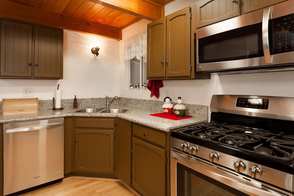 New Granite Counters, Stainless Steel Appliances, Open Space Concept.