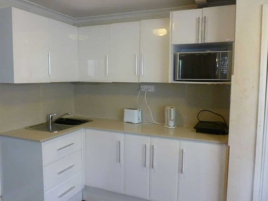 Own fully equipped kitchen