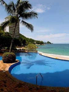Beachfront family-friend 1 bdr 2 bath condo - Aguacate - Wohnung