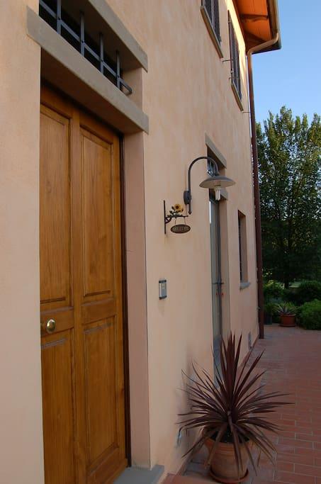 ingresso appartamento al piano primo